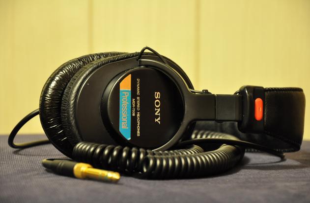监听耳机头戴式