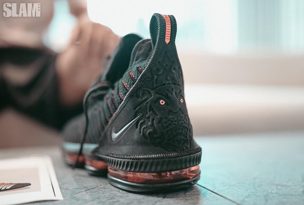 詹姆斯球鞋设计师:16代的灵感来自于对阵凯尔特人g6