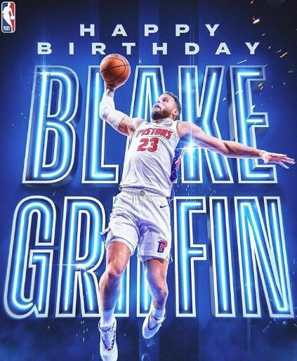 格里芬生涯至今震撼30佳球:血腥隔扣,绝杀太阳 NBA新闻 第2张