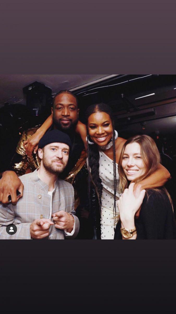 韦德在社媒分享多张与教练、好友和家人的合影 NBA新闻 第4张