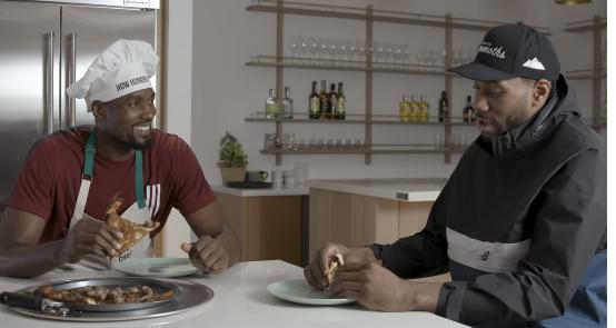 """伦纳德参加伊巴卡美食节目,享用""""不同寻常""""的晚餐 NBA新闻 第4张"""
