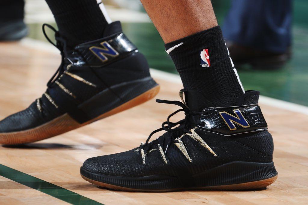今日季后赛上脚球鞋一览:字母哥上脚KobeAD NBA新闻 第5张