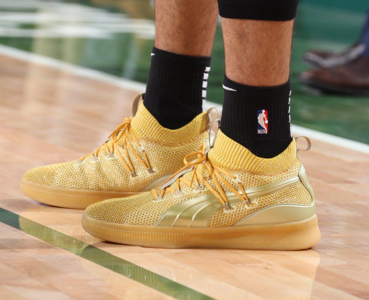 今日季后赛上脚球鞋一览:字母哥上脚KobeAD NBA新闻 第2张