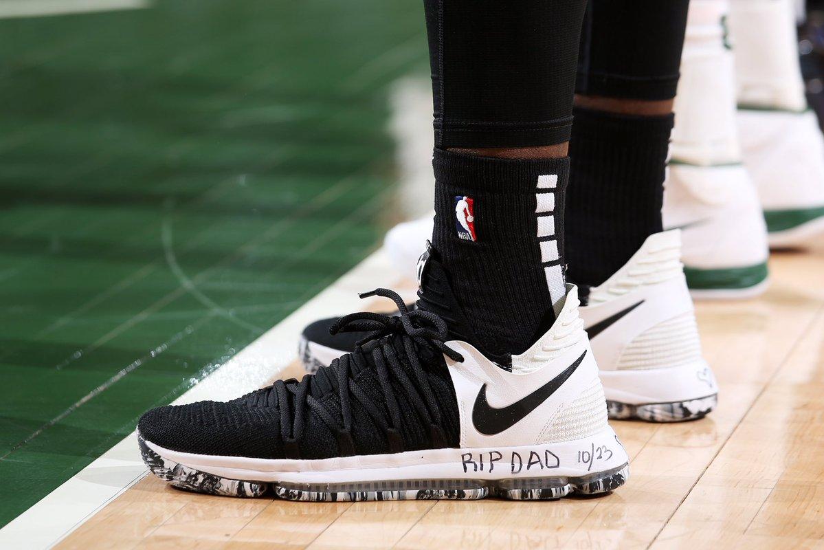 今日季后赛上脚球鞋一览:字母哥上脚KobeAD NBA新闻 第4张