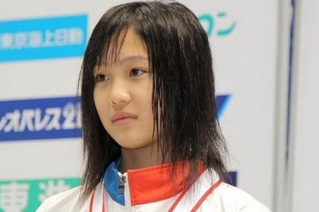 日本体坛童颜萝莉一年多之前