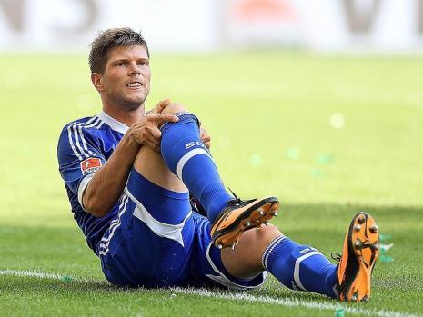 旧伤初愈再添新伤,亨特拉尔的右膝再度受伤