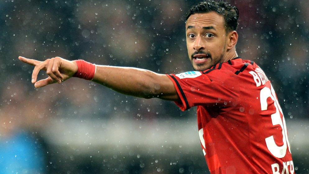 他希望球队的边锋贝拉拉比能够选择为德国国家队效力