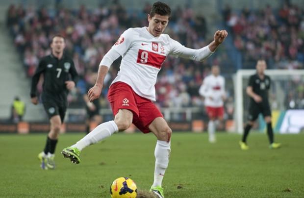 莱万多夫斯基成为波兰国家队新任队长_虎扑国际足球新声