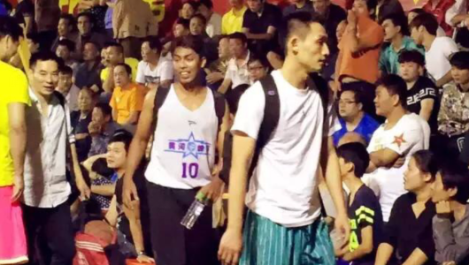 联赛大学新手古加尼重回中国传奇_虎扑CBA视频术赛场通夜图片