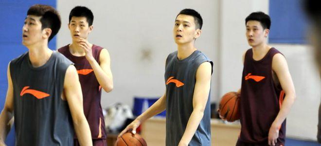 杨鸣:盼年轻队员争得一席之地