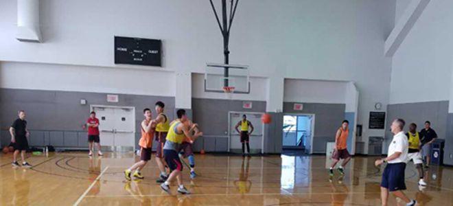 新疆男篮特训请职业球员当陪练
