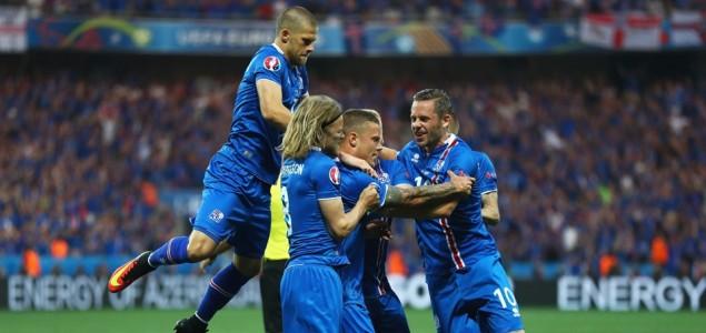 冰岛2-1爆冷淘汰英格兰