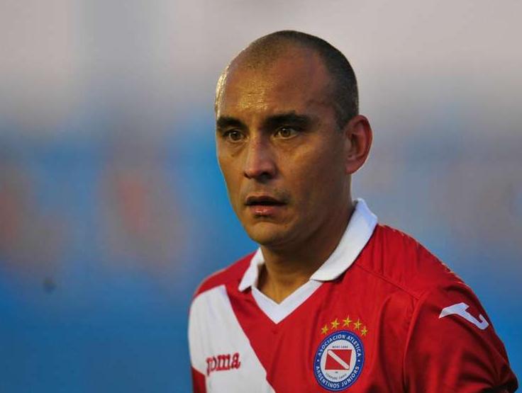 前阿根廷国脚莱德斯马退役