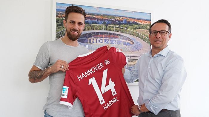 官方:汉诺威签下原斯图加特中场哈尼克