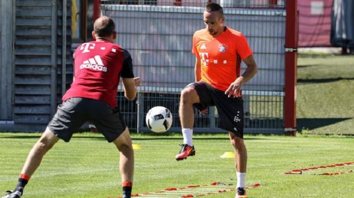 拜仁中场里贝里恢复训练,或可出战德国超级杯