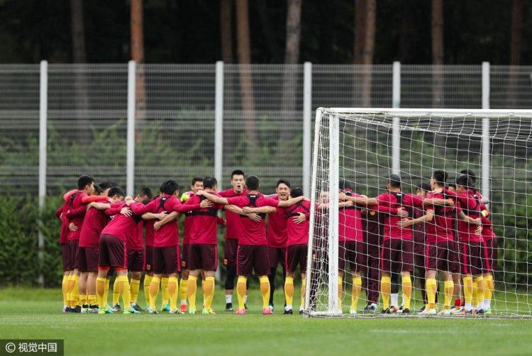 国足最终23人名单:蒿俊闵、胡人天落选