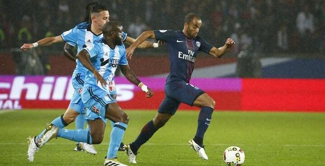 卡瓦尼错失良机,巴黎0-0马赛