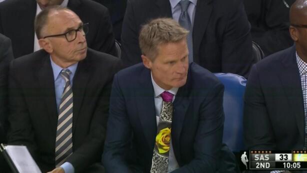 Steve Kerr:隊員們應該感到尷尬,反正我是