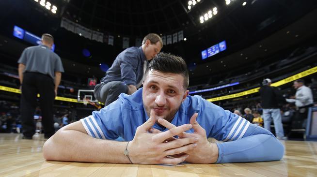 努爾基奇:教練,我想打籃球
