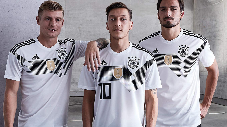 官方:德国公布2018年世界杯参赛球衣_虎扑足球图片