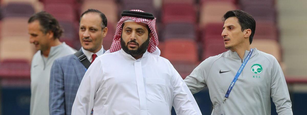 沙特足协发布工资帽政策:新签合同月薪不得超4万美元
