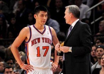 [虎]林书豪:德安东尼教练是我在纽约发挥出色的原因之一