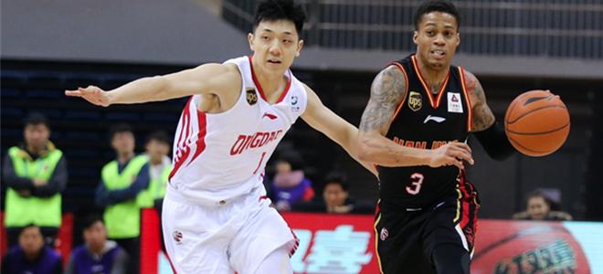 青岛数据:乔纳森-吉布森42分4篮板;达卡里-约翰逊19分15篮板8助攻;翟