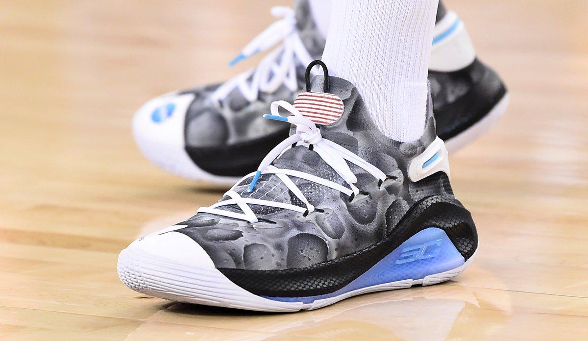 [虎]今日常规赛上脚球鞋一览:库里上脚登月版Curry6