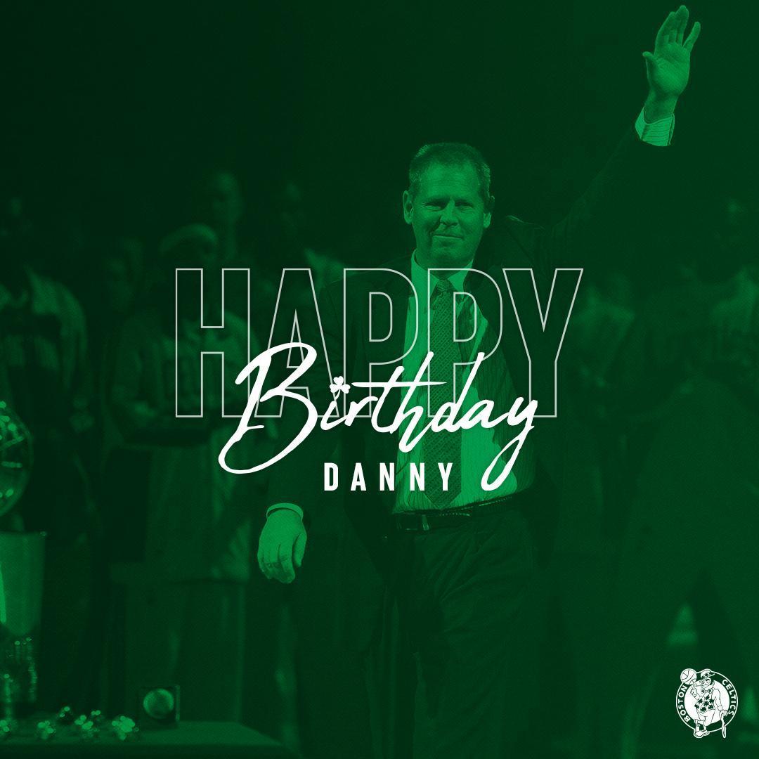 凯尔特人官方晒照祝丹尼-安吉60岁生日快乐
