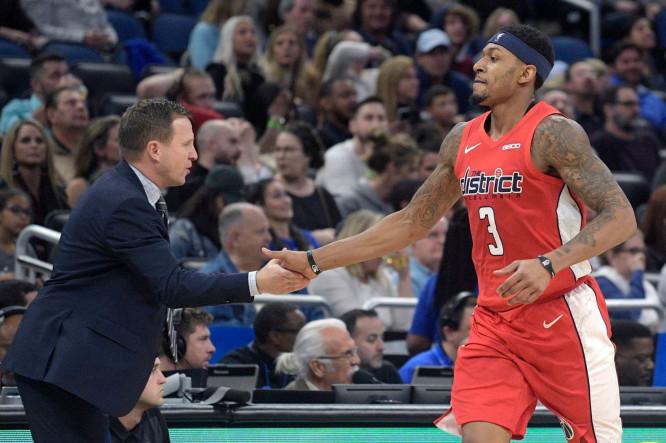 比尔:知道今晚赢下比赛有多重要,不论需要付出什么代价 NBA新闻