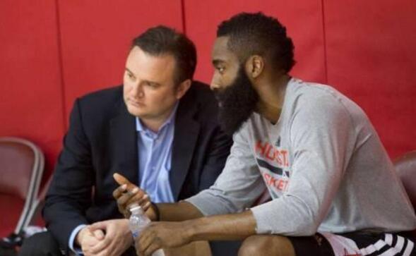 莫雷:回应那些批评你的人们的唯一方法是夺冠 NBA新闻