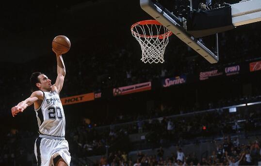比赛太紧张!吉诺比利发布谢尔顿动图表达心情 NBA新闻 第1张