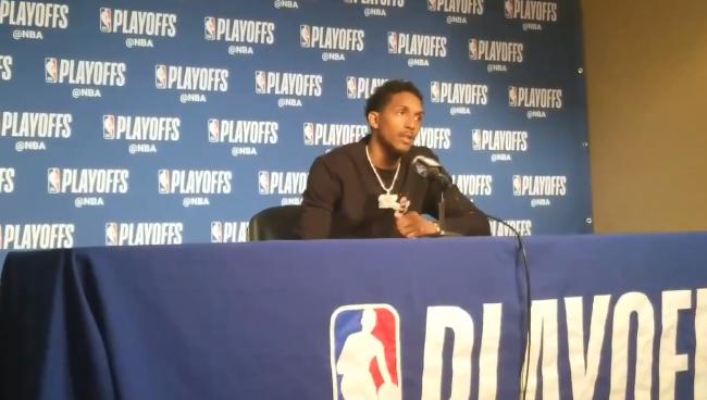 路威:我们努力竞争了,库里打出了典型的库里式比赛 NBA新闻