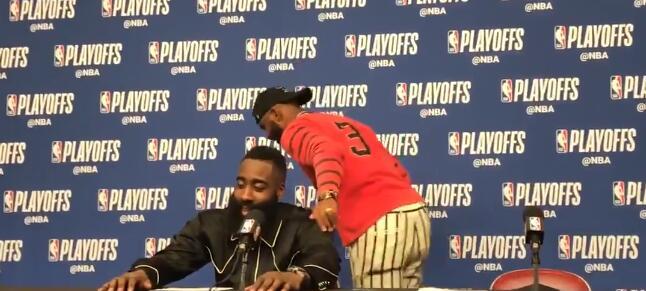 赛后采访前5个问题跟自己无关,保罗已经离开采访室 NBA新闻