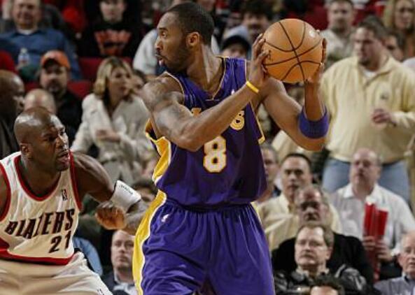 13年前的今天:科比砍下50分,奥多姆三双 NBA新闻