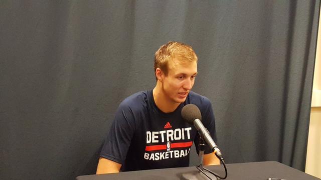 卢克-肯纳德:已了解季后赛节奏,期待下一场比赛 NBA新闻
