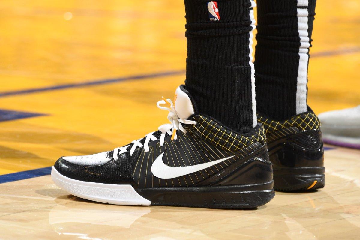 [虎]今日季后赛上脚球鞋一览:哈勒尔上脚Kobe4