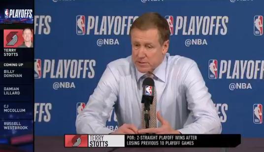 斯托茨:利拉德的防守被低估,比很多人印象中的要好得多 NBA新闻