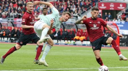 格纳布里救主科曼失压哨单刀,拜仁客场1-1纽伦堡