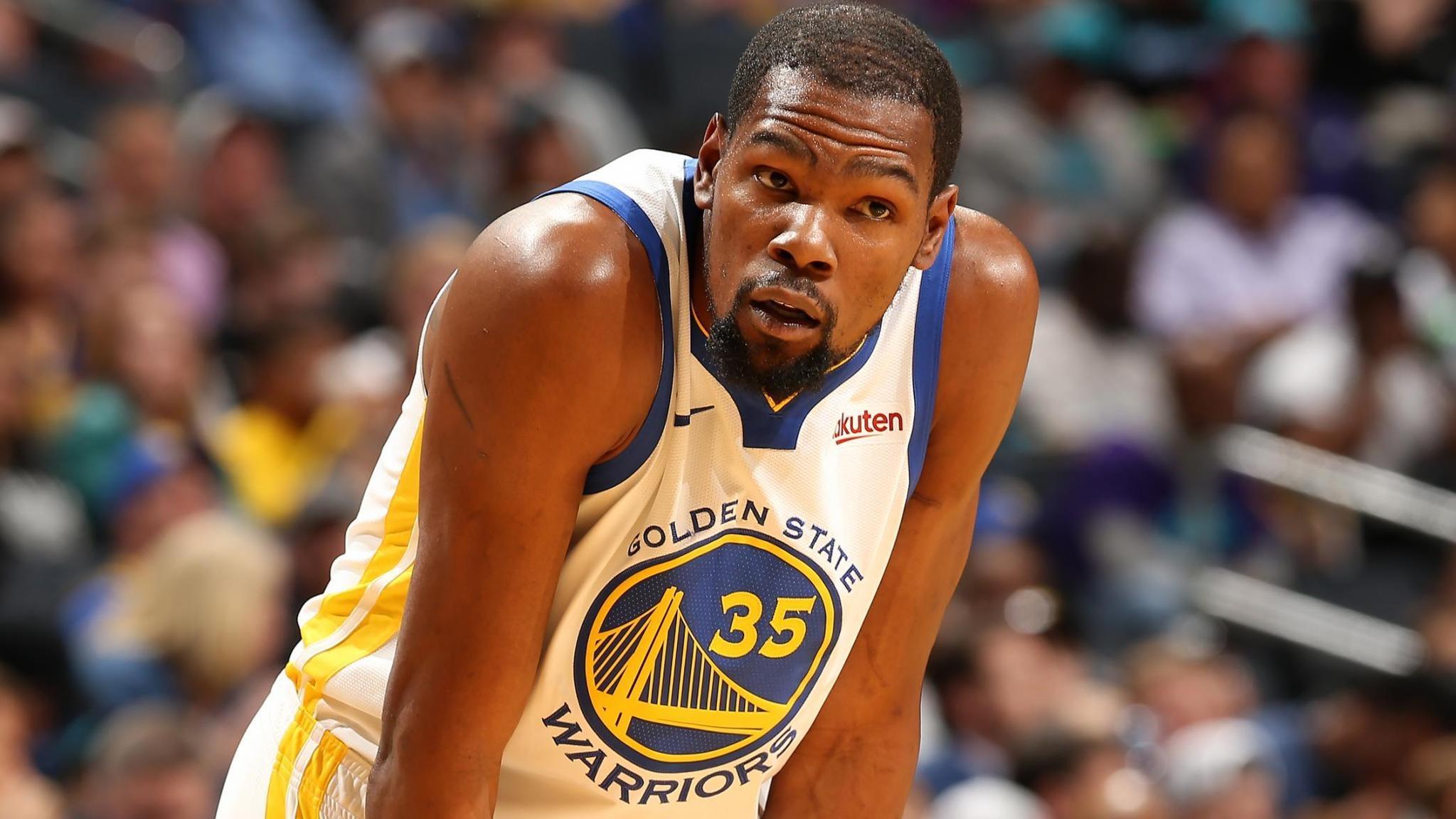 杜兰特今日完成了半速的投篮训练,多数为定点投篮练习