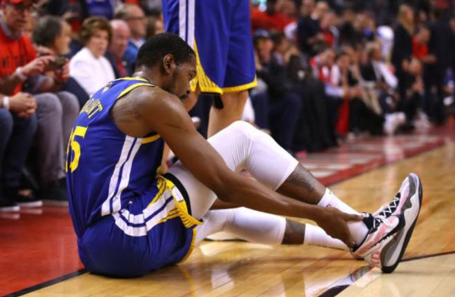众多NBA球员纷纷更新社媒为杜兰特祈祷 NBA新闻