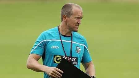 人事变动!阿森纳体能教练布格斯将遭到俱乐部解雇