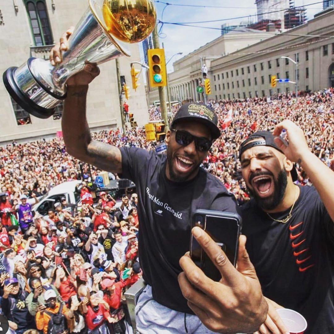 Drake更新ins晒出庆典图:这些照片永不消逝
