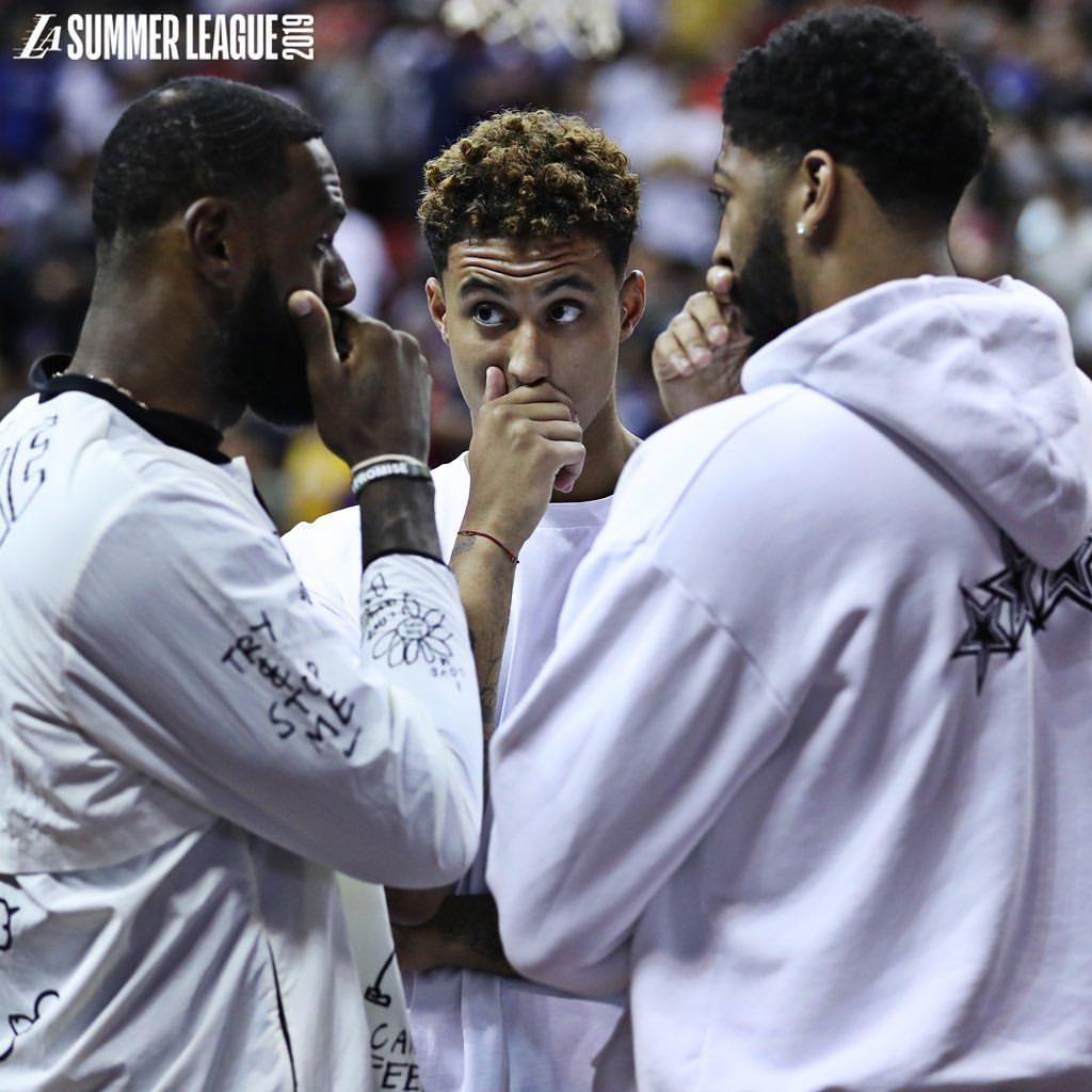 [虎]联盟高管谈湖人:实力大大增强,库兹马要当好第三得分手 NBA新闻