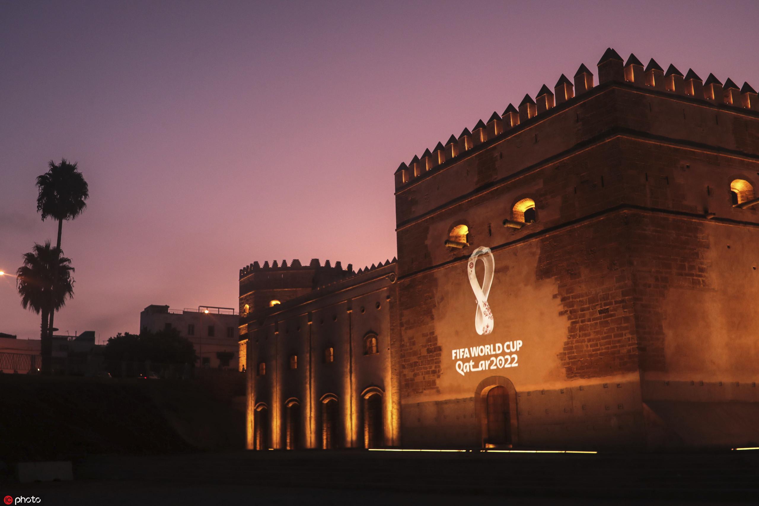 多图流:多国地标建筑展示卡塔尔世界杯新logo