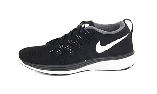 专柜正品WMNSFLYKNITLUNAR2飞线跑步鞋经典黑白620658-010