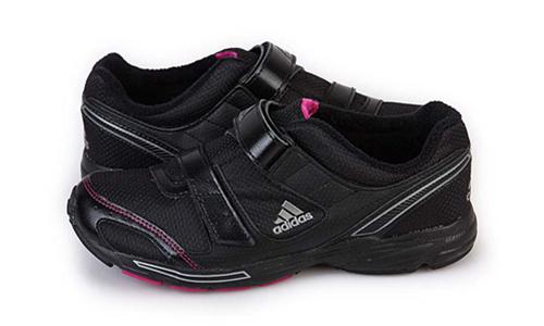 阿迪达斯 女子缓冲多功能舒适跑步鞋 保暖内毛绒送长辈 G13711