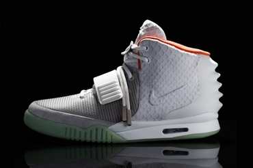 Nike Air Yeezy 2 纯铂金
