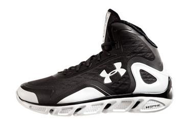 UA Spine仿生篮球鞋