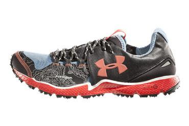UA Charge RC 风暴跑鞋